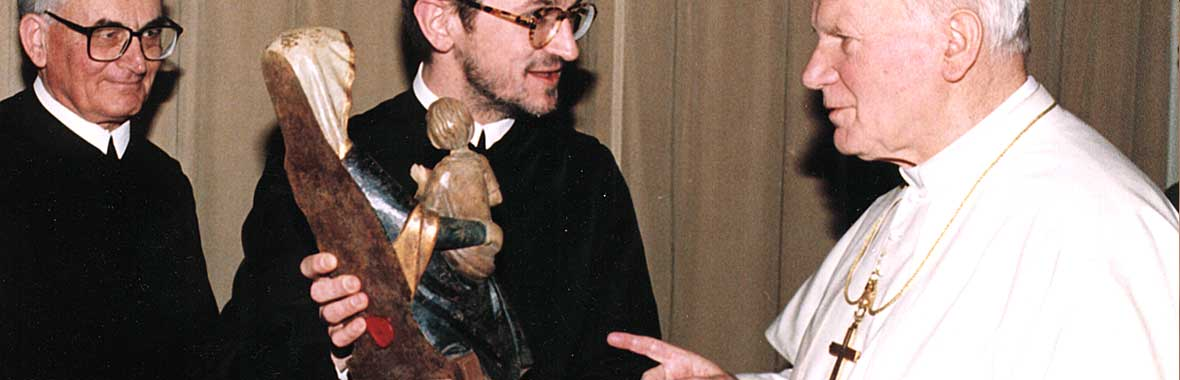 The Holy Father - John Paul II - receives our replica of Our Lady of  Mariazell